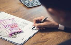 Banks begin process of restructuring of loans up to Rs 25 cr- India TV Hindi