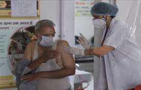 COVID-19 Finmin asks states to vaccinate staff of banks, insurance cos on priority basis- India TV Hindi