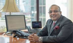Sashidhar Jagdishan to take over from Aditya Puri as new HDFC Bank CEO- India TV Hindi