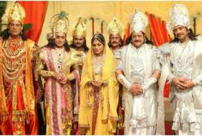 Ramayan Doordarshan Brings Back Mahabharat on Live TV Starting Today When And Where to Watch Online - India TV