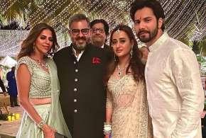 varun dhawan-natasha dalal wedding - India TV Hindi