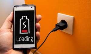आपके स्मार्टफोन की बैटरी को तेजी से खत्म करते हैं ये 10 पॉप्युलर ऐप्स!