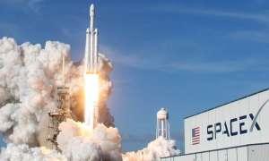 अंतरिक्ष के खराब मौसम ने रोका स्पेसएक्स का मिशन,  तेज हवाओं के कारण कंपनी ने टाला पहला वाणिज्यिक प्रक्षेपण