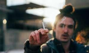 लॉकडाउन के कारण नहीं मिल पा रही शराब-सिगरेट, ऐसे करें तलब और बैचेनी को कंट्रोल
