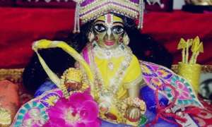 krishna Janmashtami 2020: जन्माष्टमी के दिन श्रीकृष्ण को अर्पित करें ये चीजें, बढ़ेगी सुख संपत्ति