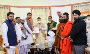 महाराष्ट्र सरकार को साधुओं का अल्टीमेटम, 1 नवंबर से खोलो मंदिर नहीं तो तोड़ेंगे ताले
