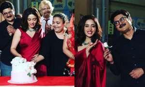 'भाबीजी घर पर हैं': तिवारी जी ने ऐसे किया नई अनीता भाभी का स्वागत, सेट से नेहा पेंडसे की फोटोज हुईं वायरल