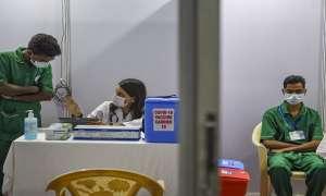 Coronavirus Vaccination: मध्य प्रदेश में हुई कोरोना के खिलाफ टीकाकरण की शुरुआत