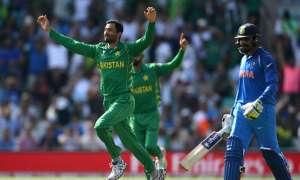 पाकिस्तानी गेंदबाज ने कहा, भारत के खिलाफ खेलने के बाद पता चलता है कि दबाव से कैसे पार पाना है