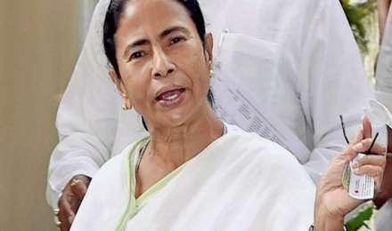 CM की कुर्सी से येदियुरप्पा की छुट्टी, ममता बनर्जी ने ऐसे ली चुटकी, जानें क्या कहा