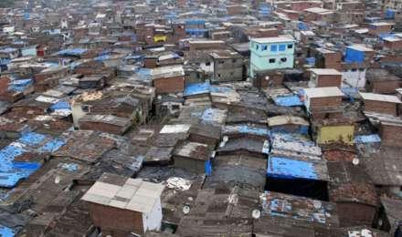धारावी में BMC ने बाजारों-फेरीवालों पर लगाया प्रतिबंध, घर-घर पहुंचाएगी जरूरी सामग्री