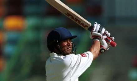 टेस्ट क्रिकेट में सबसे कम उम्र में शतक जड़ने वाले टॉप 3 क्रिकेटर, जानें कौन है टॉप पर