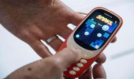 देश के सारे फीचर फोन को स्मार्टफोन से बदलने की योजना, ICEA ने कहा कंपनियां कर रही हैं तैयारी