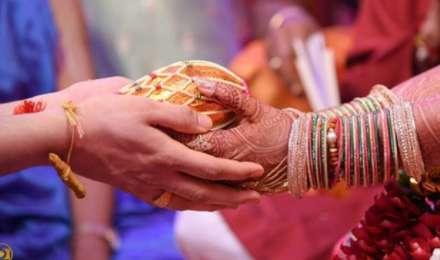 ऐसे दंपतियों में कभी नहीं होता तलाक, ये पांच नियम बनाते हैं शादीशुदा जिंदगी को मजबूत