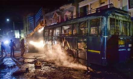 बेंगलुरु में भड़की हिंसा को लेकर बीजेपी ने कांग्रेस पर साधा निशाना, लगाया यह बड़ा आरोप