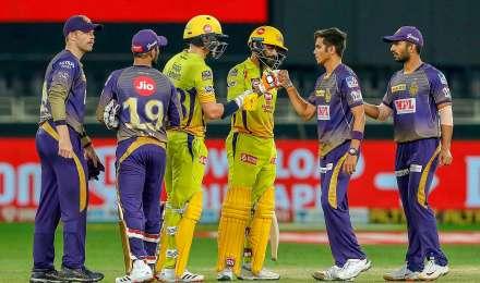 PHOTOS : चेन्नई ने KKR पर दर्ज की 6 विकेट से जीत, मुंबई इंडियंस ने प्लेऑफ में बनाई जगह