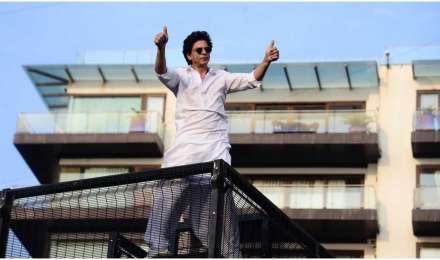 #AskSRK: यूजर ने शाहरुख खान से पूछा मन्नत बेच रहे हो क्या? किंग खान के जवाब ने जीता दिल