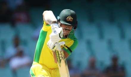 Live Cricket Score, IND vs AUS 1st ODI : ऑस्ट्रेलिया के सलामी बल्लेबाज वॉर्नर और फिंच की सधी शुरुआत