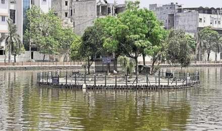 5 साल बाद फिर से दिल्ली की नैनी झील में शुरू हुई बोटिंग, हर किसी को करना होगा कोरोना गाइडलाइन का पालन