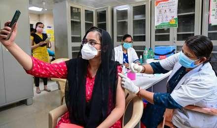 Covaxin न मिलने के कुछ राज्यों के दावे पर भारत बायोटेक हैरान, JMD बोलीं- कर्मचारी संक्रमित, फिर भी कर रहे हैं काम