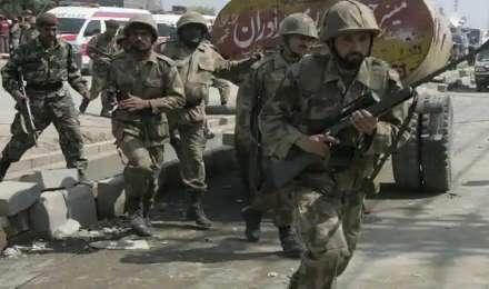 पाकिस्तानी सुरक्षा बलों ने ISIS कमांडर को मारने का किया दावा, 4 आतंकी संगठनों के 8 आतंकवादी गिरफ्तार