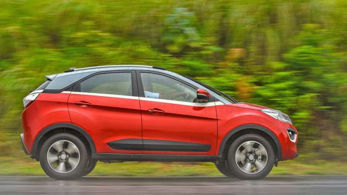 टाटा मोटर्स ऑटो एक्सपो में लॉन्च करेगी नेक्सन का ऑटोमैटिक वेरिएंट, ईकोस्पोर्ट को देगी टक्कर Tata Nexon