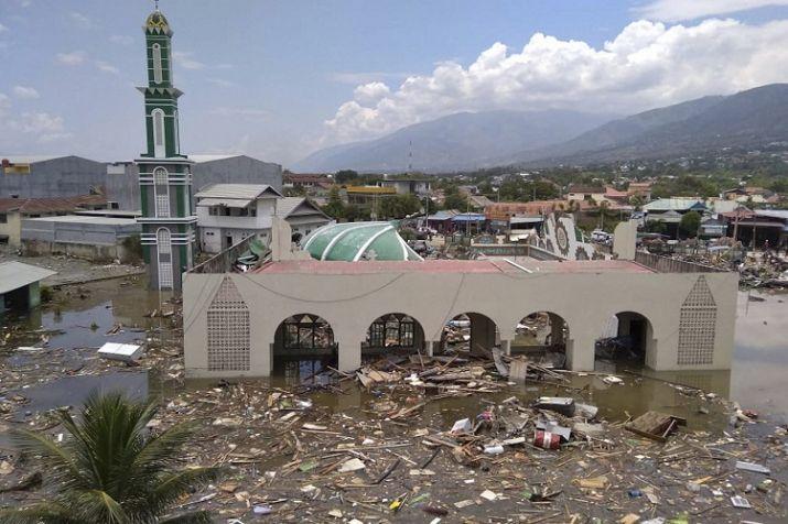 प्रभावित इलाकों में तबाही का ऐसा नजारा आम है।
