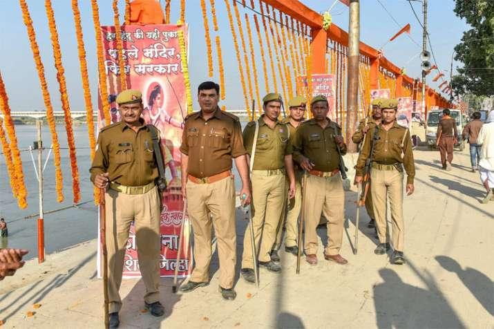 धर्म सभा को देखते हुए अयोध्या में सुरक्षा व्यवस्था कड़ी कर दी गई है | PTI फोटो