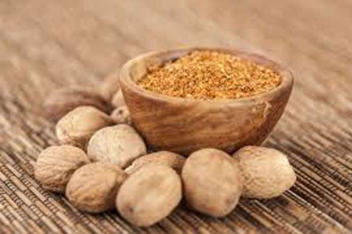 get rid of cavities with nutmeg