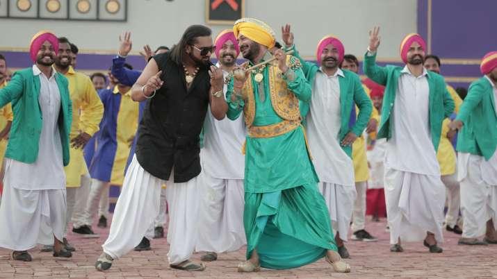 Yo Yo Honey Singh new video song Gur Nalo Ishq Mitha The YOYO Remake release Malkit Singh The Golden