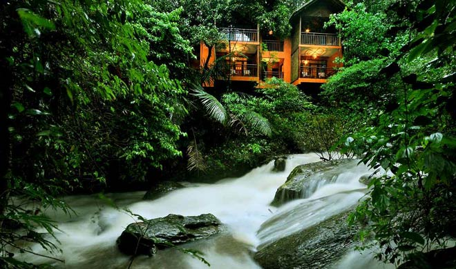 Best 7 monsoon destination in india travel with partner