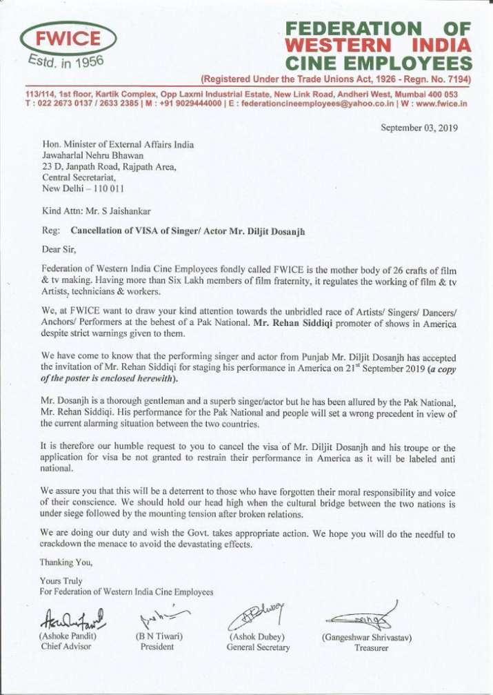 पाकिस्तानी के आमंत्रण पर अमेरिका में परफॉर्म करने वाले थे दिलजीत दोसांझ, FWICE ने की वीजा रद्द करने की मांग