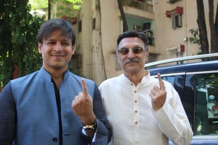 Vivek Oberoi with father Suresh Oberoi
