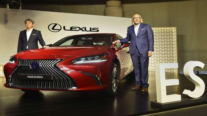 Lexus ES 300h, luxury car