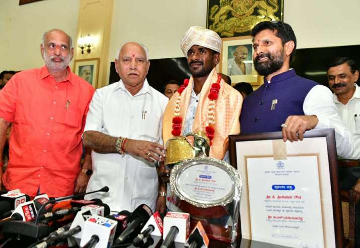 Usain Bolt record-breaking Srinivas Gowda received a reward of Rs 10 lakh from the state government