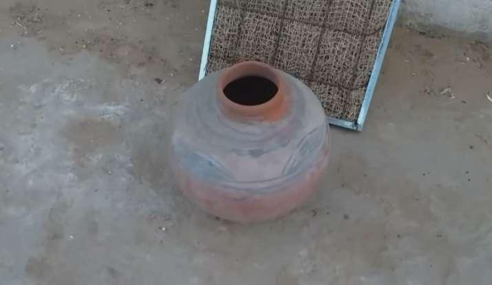 घर के कूलर को इस जुगाड़ से बना लीजिए AC,लागत मात्र 30 रुपए