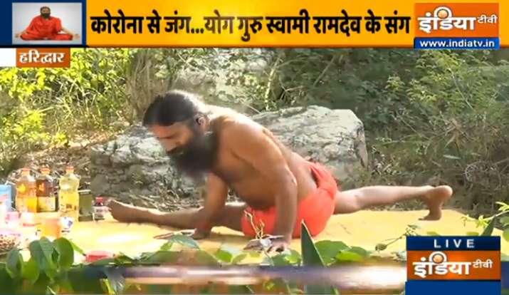 ढलती उम्र में भी दिखना चाहते हैं जवां, स्वामी रामदेव से जानिए यंग रहने का सीक्रेट फॉर्मूला