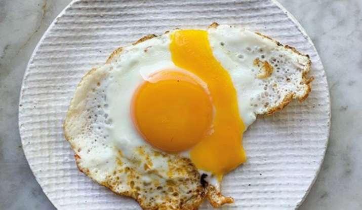 अंडा, गर्मियों में अंडा खाना कितना सही, egg, egg in summer