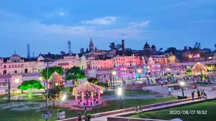 अयोध्या नगरी की भव्य तस्वीरें