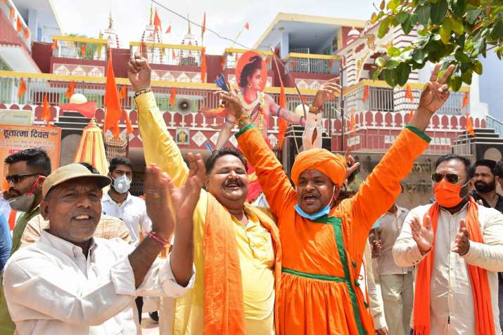 See in Latest pictures how the Ram temple was celebrated across the country तस्वीरों में देखिए कैसे