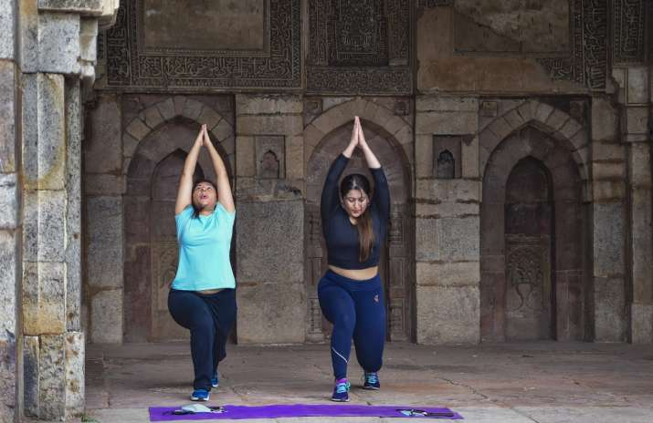 Government issues guidelines to reopen gyms and yoga institutes । सरकार ने जिम और योग संस्थानों को द