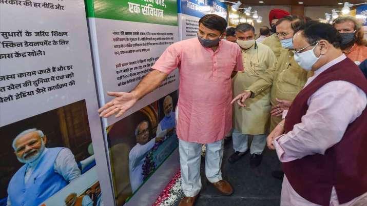 प्रधानमंत्री नरेंद्र मोदी के जन्मदिन पर नई दिल्ली में 'सेवा सप्ताह' पर एक प्रदर्शनी के उद्घाटन के दौ