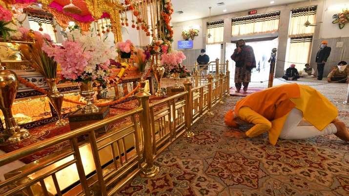 PM Narendra Modi visited Gurudwara Rakab Ganj Sahib in Delhi । अचानक रकबगंज साहिब गुरुद्वारे पहुंचे