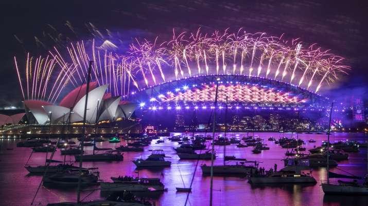 नई उम्मीदों के साथ नए साल का आगाज, न्यूजीलैंड और ऑस्ट्रेलिया में हुई खूब आतिशबाजी