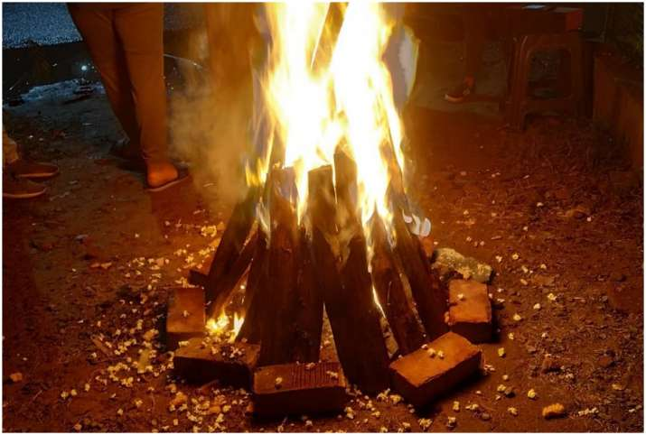 Lohri 2021: 13 जनवरी को है लोहड़ी का त्योहार, जानें इसका महत्व और मनाने का तरीका, The first festival