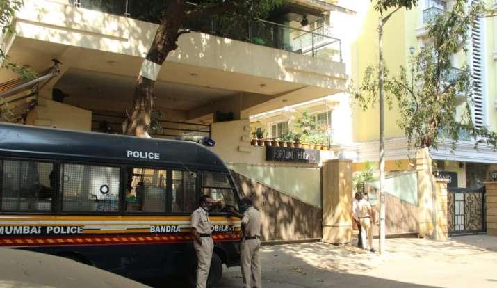 Police protection at saif ali khan residence