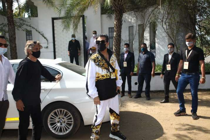 Karan Johar arrives at Varun & Natasha's big fat Punjabi wedding