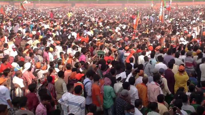 पीएम मोदी ने दिया नया नारा- 'लोकसभा में TMC हाफ, इस बार पूरी साफ'