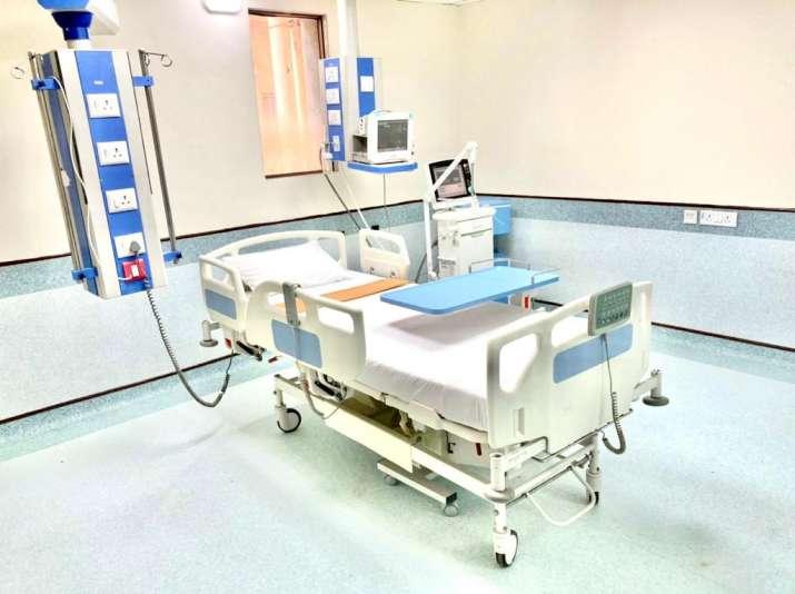 रिलायंस फाउंडेशन ने 875 बेड के साथ मुंबई में COVID संचालन शुरू किया