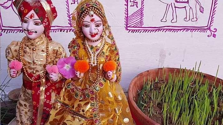 Gangaur Puja 2021: कल मनाया जाएगा गणगौर व्रत, जानें शुभ मुहूर्त और पूजा विधि